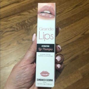 Grande Lips Hydrating Lip Plumper